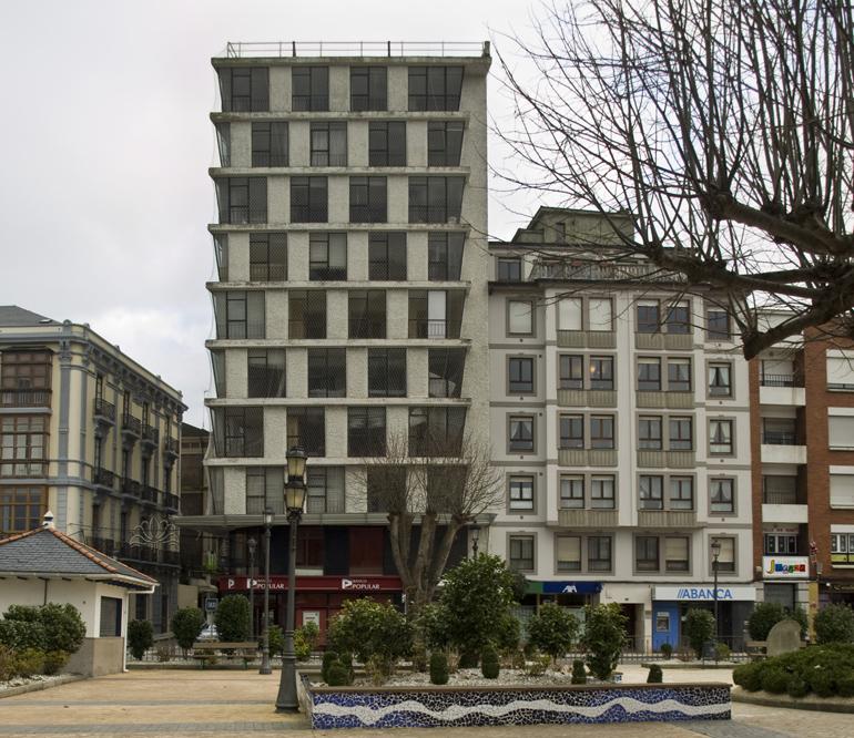 Torre de viviendas de Navia