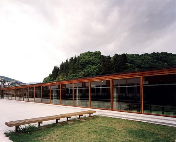 Piscinas climatizadas y Parque del Molín