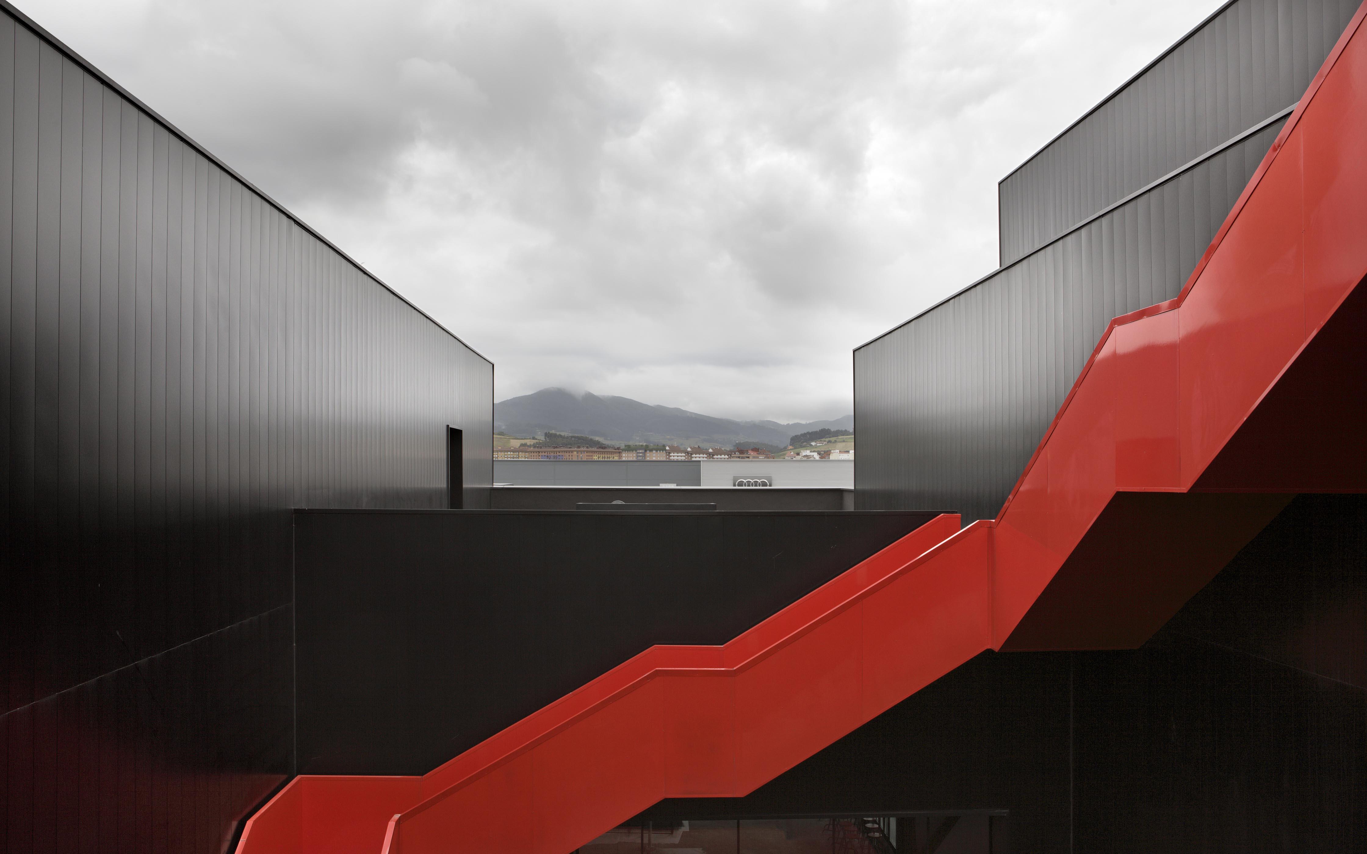 Centro de Investigación y Desarrollo Global de ArcelorMittal R&D Asturias [Slab]